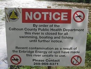 Tar_Sands_Spill_In_Kalamazoo_River_closing_sign