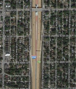 Satellite photo of 35W in Minneapolis indicates how much space was lost to freeway construction.
